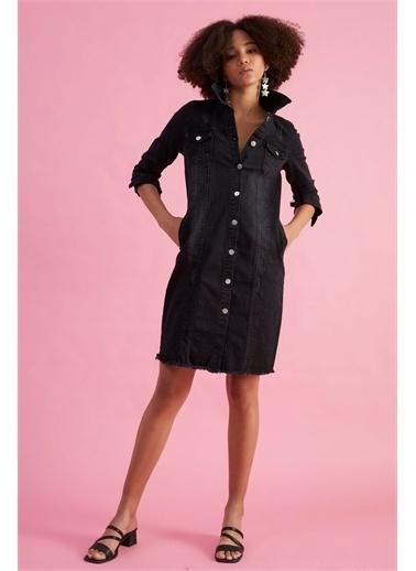 Z Giyim Kadın  Siyah  Eteği Püskülü Uzun Kot Ceket Siyah